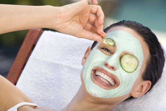 Foto Mascarillas y remedios caseros para eliminar las manchas y marcas provocadas por el acné