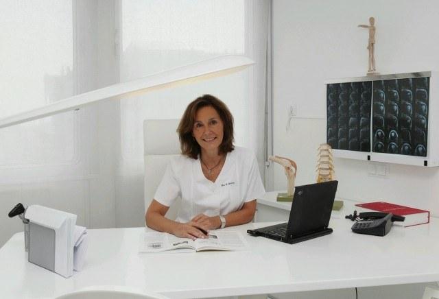 Foto La Dra. Gloria Rovira asegura que el tratamiento con ozono alivia de forma importante el dolor en las lesiones deportivas más frecuentes