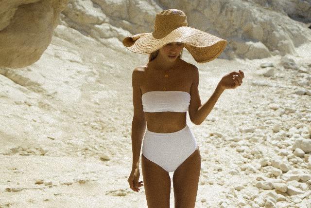 Foto El blanco, uno de los tonos favoritos y que nunca fallan en bañadores y bikinis