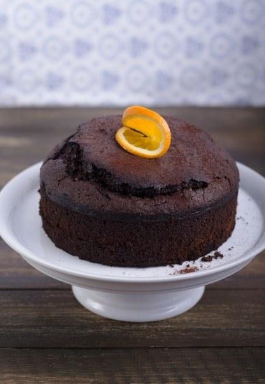 Foto Bizcocho de chocolate y naranja, una combinación deliciosa y sorprendente
