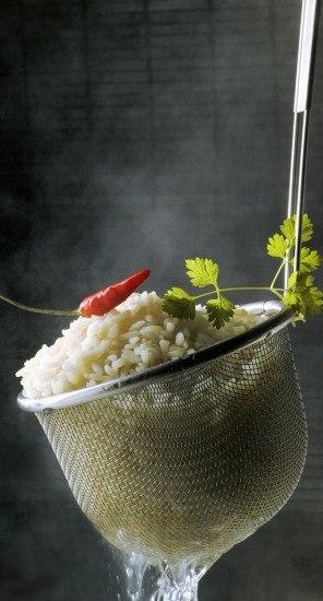 Foto El arroz, ingrediente básico del sushi