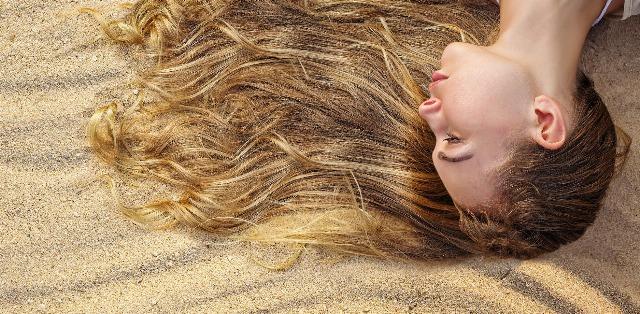 Foto Diez consejos para presumir de pelo perfecto en la playa