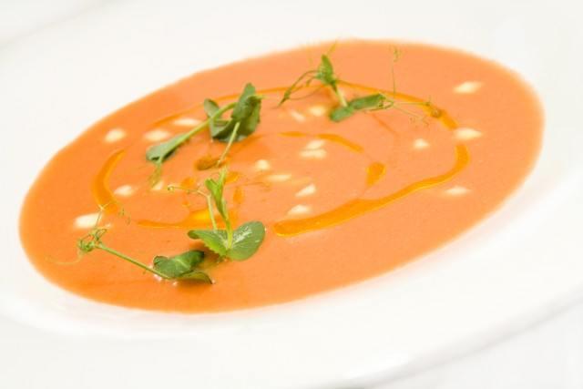 Foto Gracias a los tomates y el ajo, el gazpacho es un afrodisiaco ideal en verano