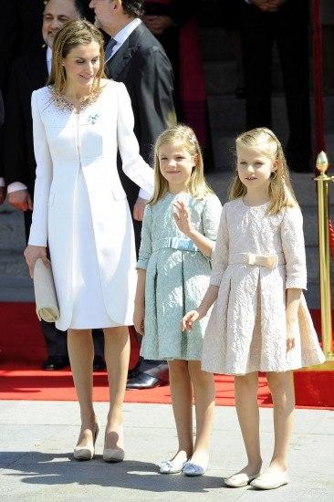 Letizia Ortiz estrenó un Felipe Varela el día en el que se convirtió en Reina