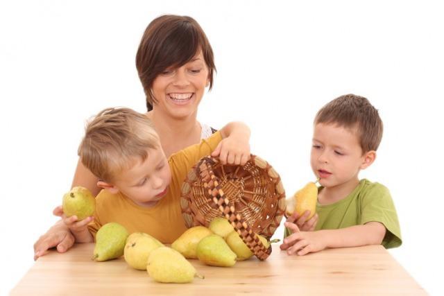 Foto Cómo enseñar a comer bien a los niños