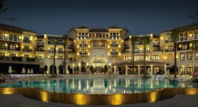 Foto Hechizo árabe y glamour mediterráneo en el hotel Intercontinental Mar Menor de Murcia