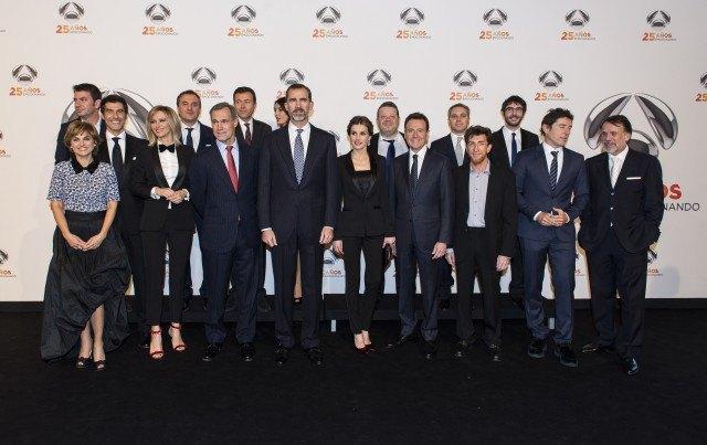 Foto Don Felipe y doña Letizia presiden la fiesta del 25º aniversario de Antena 3