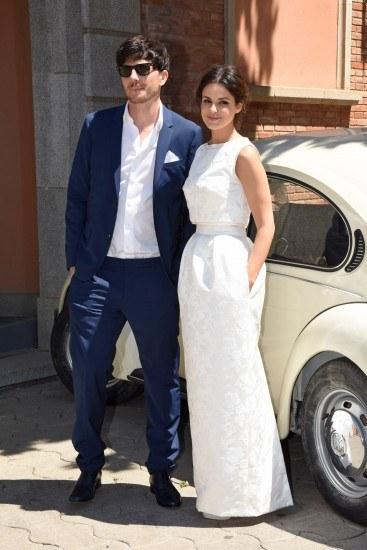 Foto Roger Gual y Marta Torné posan como marido y mujer el día de su boda vintage