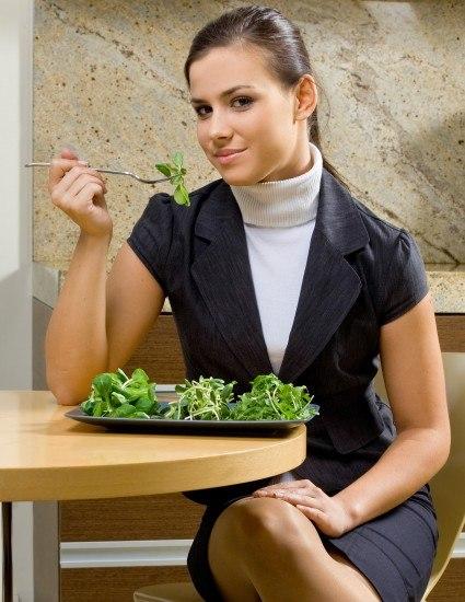 Foto Más verduras, alimentos frescos y poca sal, claves detox