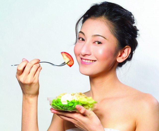 Foto Qué comer para lucir una piel joven y un cabello fuerte y brillante