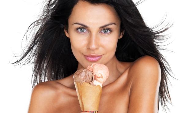 Foto Abusar de los helados, uno de los errores en la dieta que hacen engordar en verano