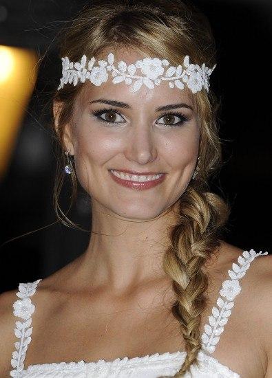 Foto Alba Carrillo lució en su boda con Feliciano López una trenza ladeada