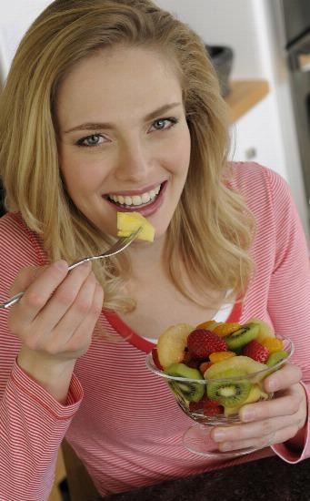 Foto La piña fresca, una fruta depurativa ideal como tentempié bajo en calorías