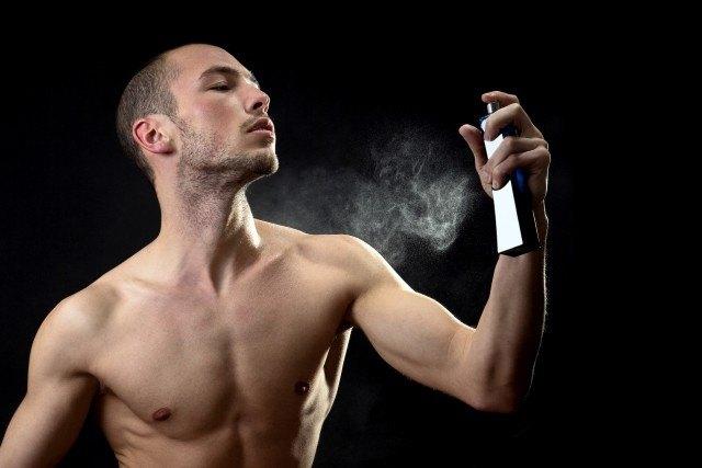 Foto Los aromas para hombres que atraen a las mujeres