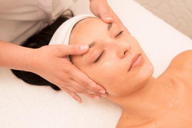 Foto Los errores al aplicar cremas y cosméticos faciales que debes evitar