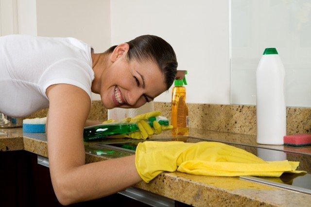 Foto Protege tus manos durante las tareas del hogar