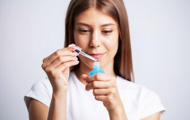 Foto Cómo y cuándo aplicar el sérum facial