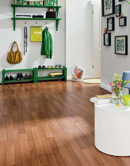 suelos de madera y paredes claras garanta de xito en