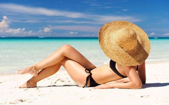 Foto Nutrientes que protegen la piel de sol y ayudan a lucir un bronceado perfecto