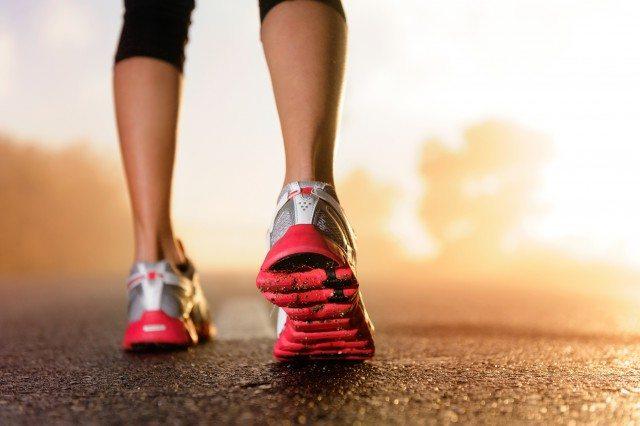 Foto Rutina de limpieza del calzado deportivo