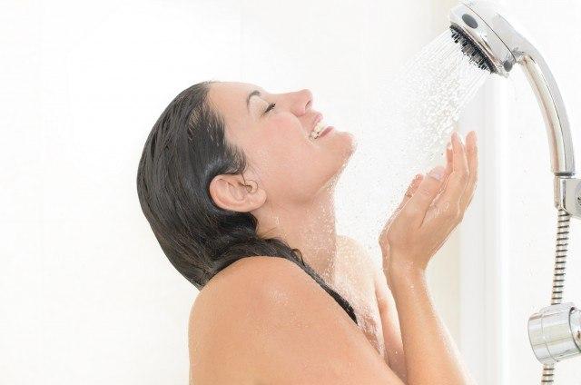 Foto ¿Cómo afecta el agua a la piel