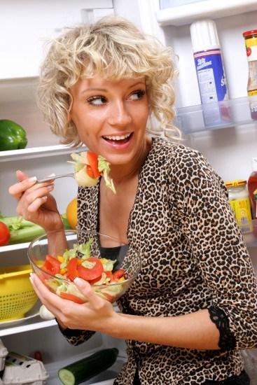 Foto El exceso de vinagre en las ensaladas daña el esmalte dental