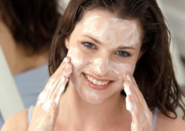 Foto El jabón neutro, apto para desmaquillar todo tipo de pieles