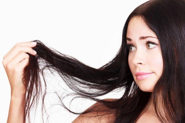 Foto Las vitaminas y alimentos esenciales para recuperar el cabello tras el verano