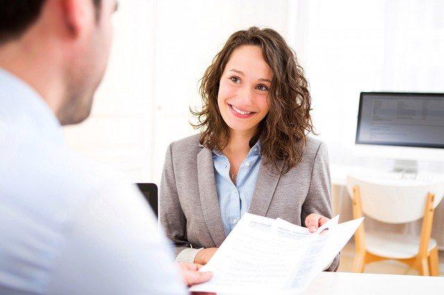 Foto Los 10 mandamientos para escribir un currículum vitae en inglés perfecto