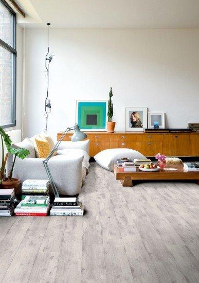 Foto Muebles bajos y sofás amplios, claves de la decoración moderna en el hogar