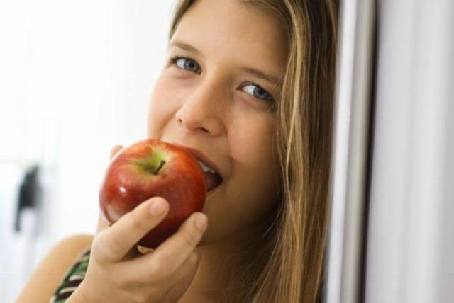 Foto La manzana es el tentempié perfecto para adelgazar