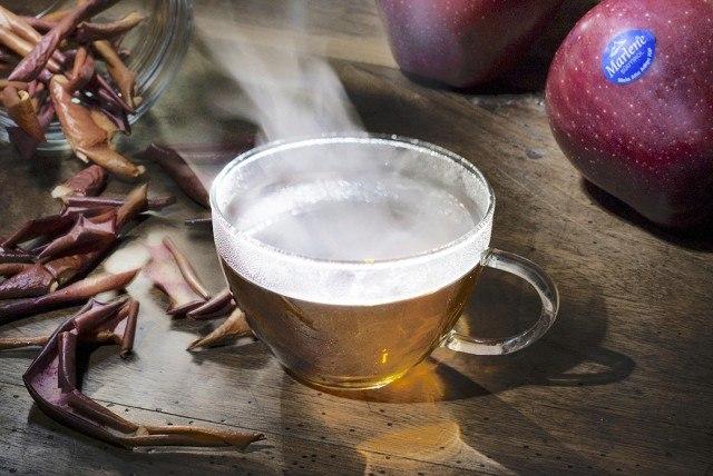 Foto La infusión de piel de manzana, perfecta para adelgazar y combatir los resfriados