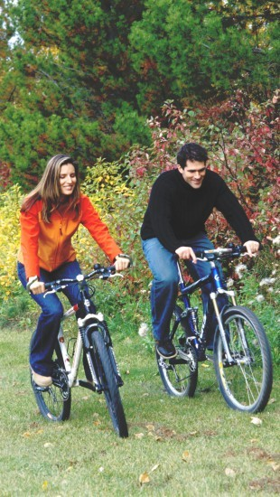 Foto Hacer deporte en pareja, ideal para no engordar y reforzar la relación