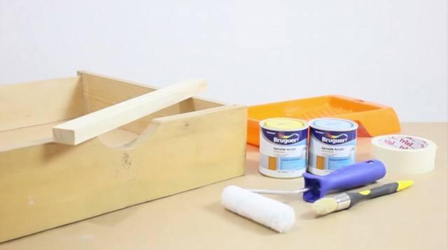 Foto Con un cajón viejo, un listón de madera y un poco de pintura podrás hacer un cajón estantería para tu casa