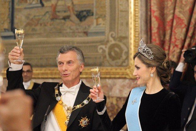 Foto Mauricio Macri y doña Letizia durante el brindis en la cena de gala en el Palacio Real