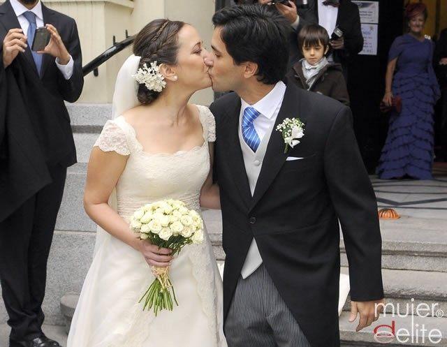 Foto Mai Meneses y Eduardo Baeza se besan tras convertirse en marido y mujer
