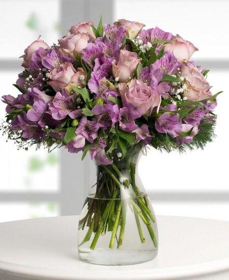 Foto Las flores lilas transmiten calma, autocontrol y dignidad pero también ambición, creatividad y sabiduría