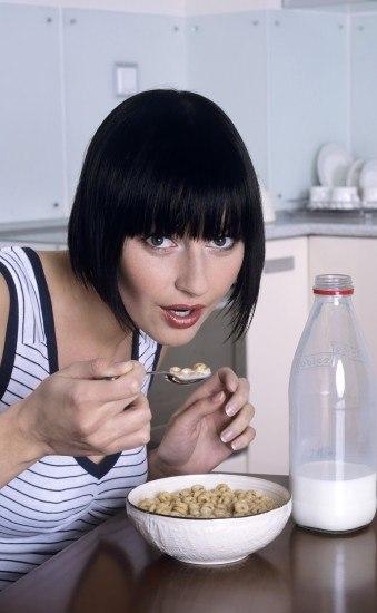Foto Lácteos y cereales integrales, alimentos que combaten la depresión