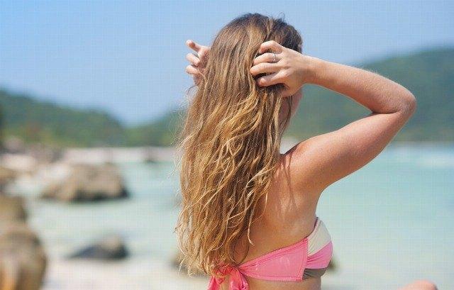 Foto Cómo evitar la caída del pelo en verano