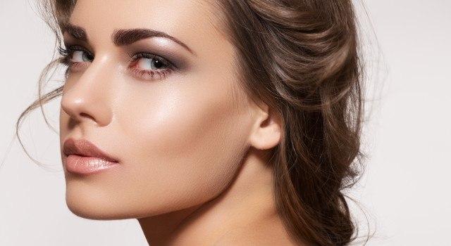 Foto Trucos para acertar con la base de maquillaje en verano
