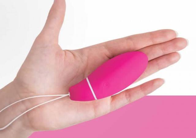 Foto Utiliza un ejercitador inteligente para fortalecer los músculos del suelo pélvico