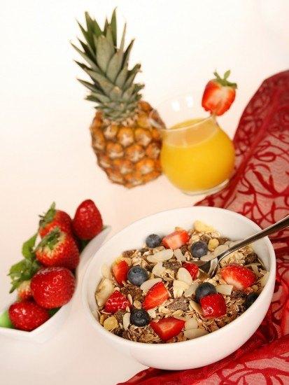 Foto El desayuno debe contener lácteos, frutas, cereales integrales, grasas saludables y proteínas
