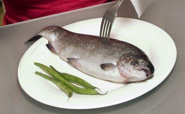 Foto El Omega 3 del pescado azul inhibe la síntesis de grasa y estimula la oxidación de las grasas