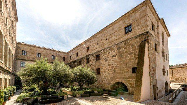 Foto Escápate a Salamanca y alójate en el Hotel Palacio San Esteban, uno de los edificios más significativos de la ciudad