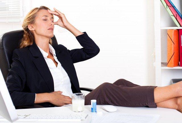 Foto Consejos para combatir el dolor de cabeza por el cambio horario