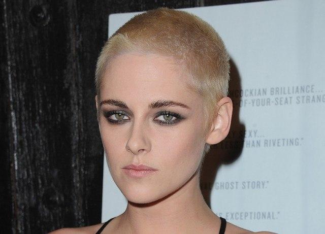 Foto Kristen Stewart también apostó por lucir el pelo rapado
