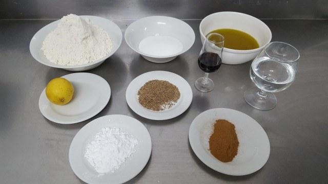 Foto Los ingredientes que necesitas para preparar unas deliciosas rosquillas de anís