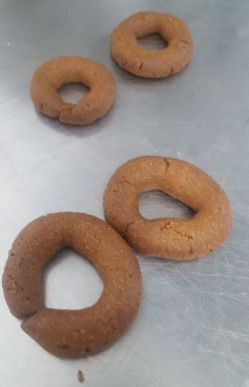 Foto El horneado, clave en la preparación de las rosquillas de anís