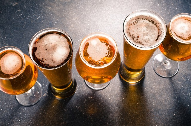 Foto Cerveza doble cero, entre las bebidas recomendadas para no engordar
