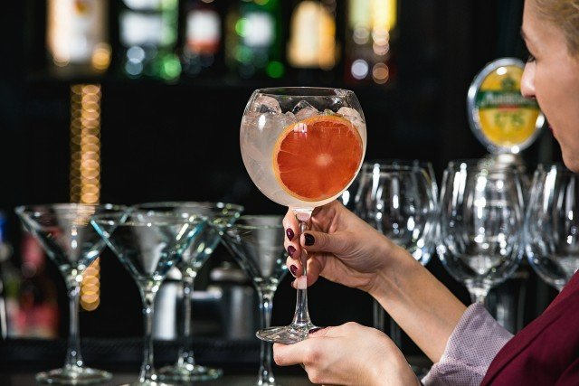 Foto Bebidas alcohólicas con extra de hielo, un truco para ahorrar calorías
